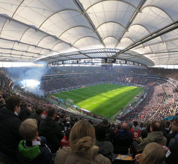 Eintracht : Gladbach